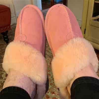 MaryCatherine Pace verified customer review of Becca Women's Slipper (Pink)