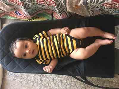 Anonymous verified customer review of Bee Bodysuit Short Sleeve organic cotton