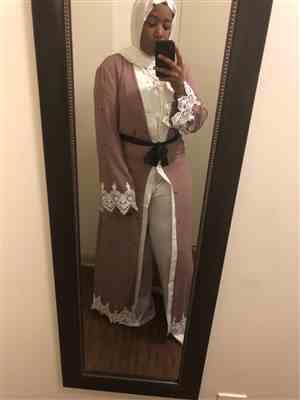 UrbanModesty.com Blush Polka Dot Lace Open Front Abaya Review