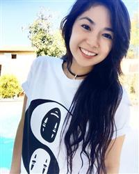 Cherrie l. verified customer review of No Face Yin Yang Tee