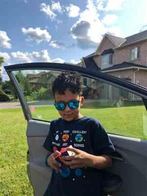 Nadell F. verified customer review of ♻️ Kids Polarized Sunglasses with Recycled Frames and Beech Wood Arms (4 to 8 yrs)