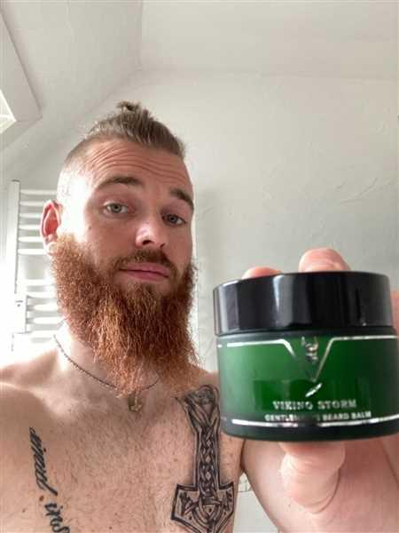 The Beard Struggle (New) Gentleman's Beard Balm (Viking Storm) Review