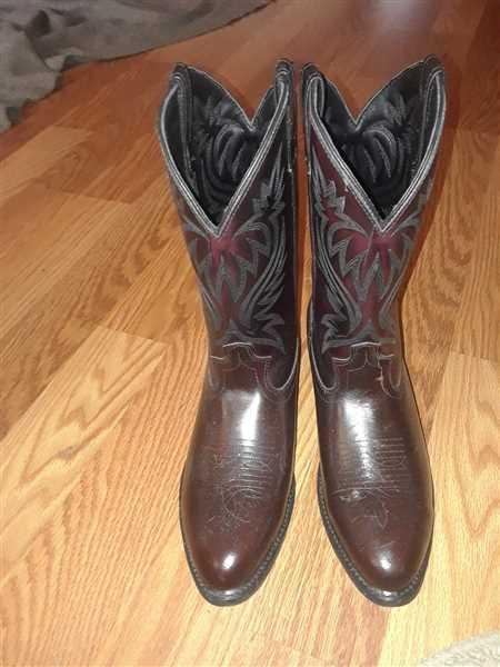 Gary Eishtadt verified customer review of Laredo Mens Black Cherry Leather London 12in Stitch R Toe Cowboy Boots