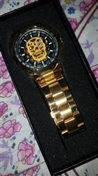 William Shade verified customer review of Golden Legend™ - Skull Luxury Wrist Watch