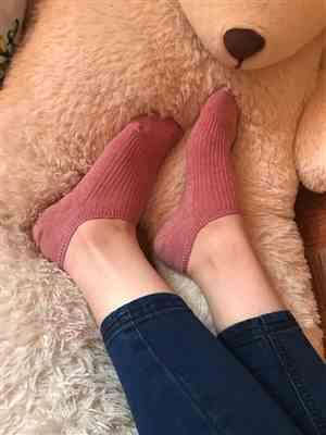 Terri Jimenez verified customer review of Comfortable and Colorful Ankle Socks