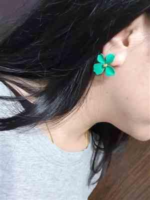 Betty Salem verified customer review of Summer Bloom Floral Earrings
