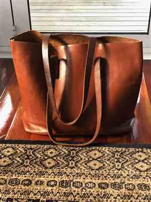 Tracy verified customer review of Vintage Tote Bag