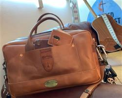 David H. verified customer review of Zip-Top Briefcase