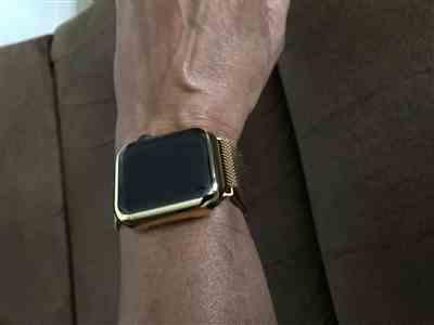 Anonymous verified customer review of Stainless Steel Apple Watch Milanese Loop Band