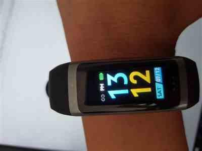 verified customer review of AXTRO Fit 2 Heart Rate + Fitness Wristband (NSC5 Edition)