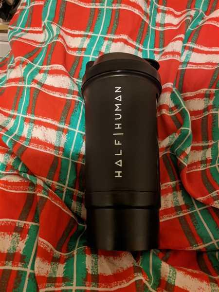 Chelsea Crook verified customer review of HALF HUMAN BLACK 500ML PROTEIN SHAKER BOTTLE