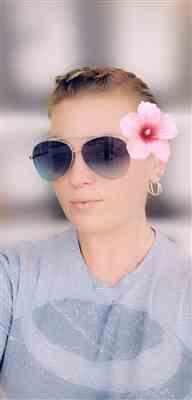 Leslie T. verified customer review of Amelia Sunnies - Faded Blue
