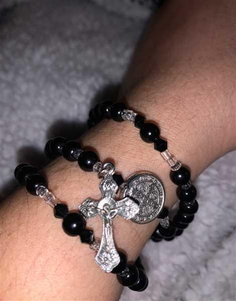 Anonymous verified customer review of Black St. Benedict Full 5 Decade Rosary Bracelet