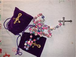 Katherine B. verified customer review of Beautiful Catholic Colorful Rosary With FREE Velvet Pouch