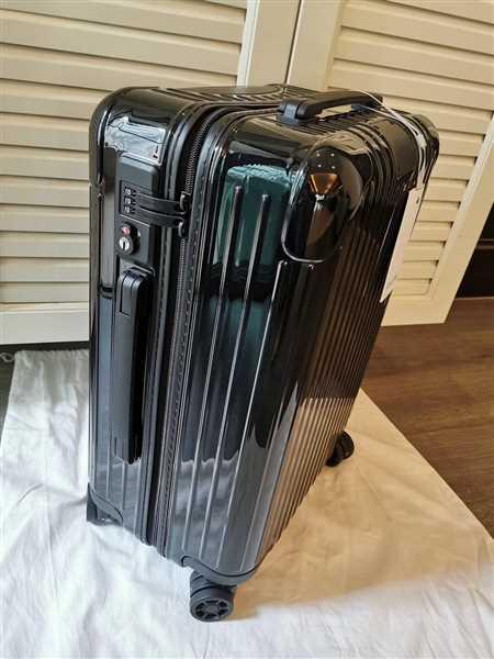 Jay Chong verified customer review of RIMOWA Essential 日默瓦 平行進口
