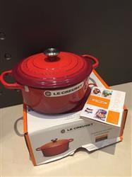 Anonymous verified customer review of Le Creuset 平底鑄鐵煎鍋 磨沙深灰 (30cm)