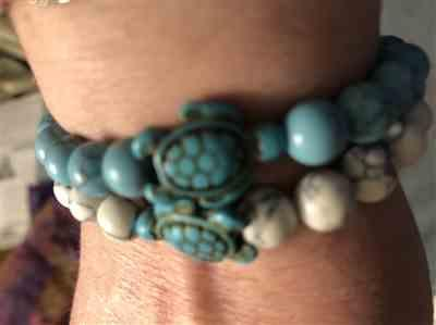 Evie Erwin verified customer review of Buy One Get One Free - Sea Turtle Stone Bracelets