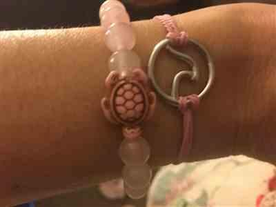 LISA B. verified customer review of LIMITED EDITION - Pink Sea Turtle Bracelet