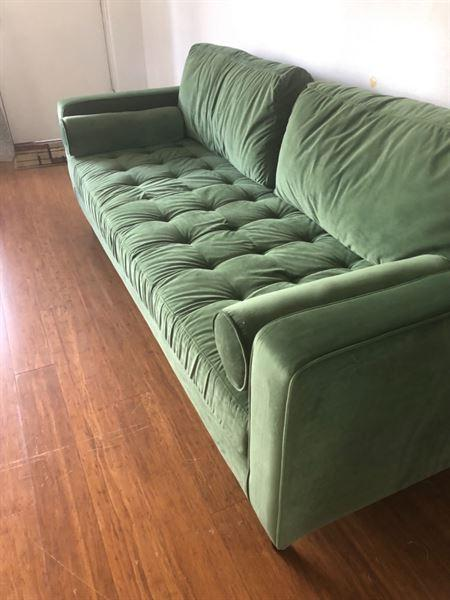 Libertad M. verified customer review of Gimlet Sofa