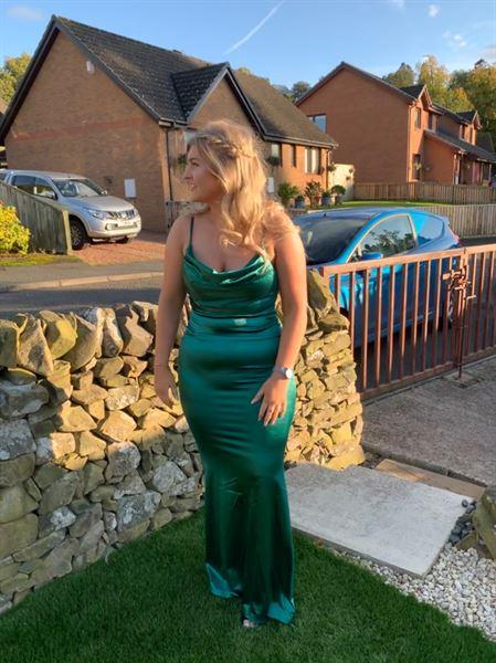 Shannon S. verified customer review of Glamour Girl Gown Green