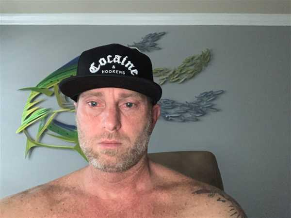 Michael Garner verified customer review of Golf Gods - Cocaine & Hookers Hat in Black
