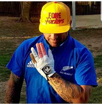 Shane Avery verified customer review of Golf Gods - Golf Glove 'Zeroes'