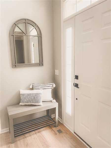 Kate & Laurel Jeran Entryway Bench with Shelf Review