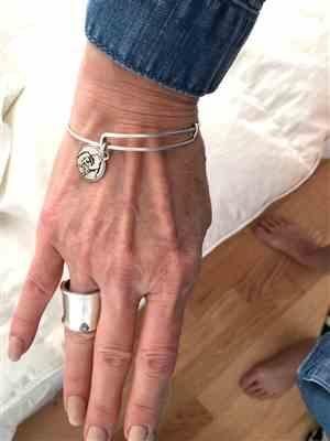 Dolphingirl Dove verified customer review of The Ellen Fund Gorilla Charm Bangle