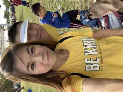 Janet Li verified customer review of Be Kind. Yellow Tee