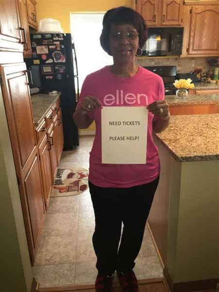The Ellen DeGeneres Show Shop Breast Cancer Awareness Tee Review