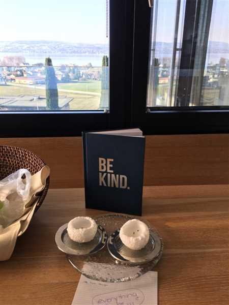 Nina Giannotti verified customer review of Be Kind Journal - Navy
