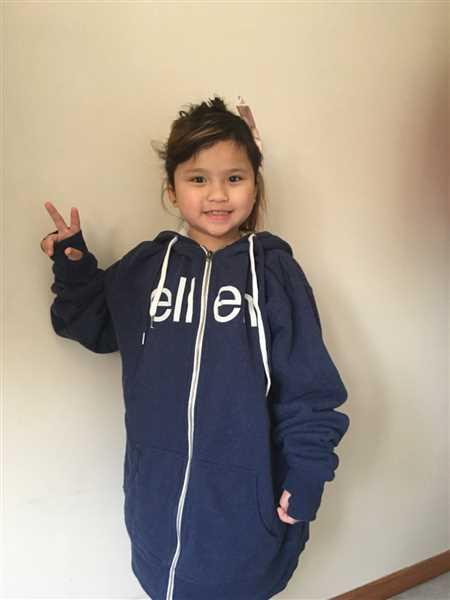 Miriam Thang verified customer review of The Ellen Show Sherpa Hoodie