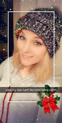 Brittney Holloman  verified customer review of Confetti Knitted Pom Beanies