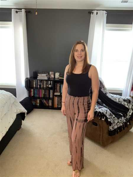 Kaety Hill verified customer review of Free to Be Me Palazzo Pants - Dusty Rose