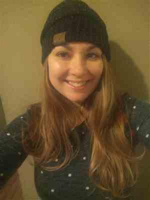 Melissa Rice verified customer review of Slouchy Melange Knit Beanies