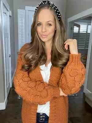 Holly verified customer review of Go Ahead Now Cardigans