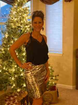 Heidi Berringer verified customer review of Watch Her Shine Sequin Skirt - Silver