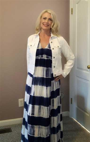Melissa Hammond verified customer review of Free By The Sea Maxi Dress - Navy