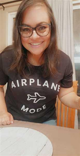 Melissa Cutter  verified customer review of Airplane Mode Graphic Tee - Black