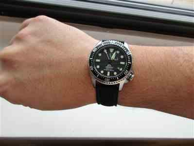 Brian verified customer review of Black Perforated Silicone Watch Strap with Dark Grey Stitching