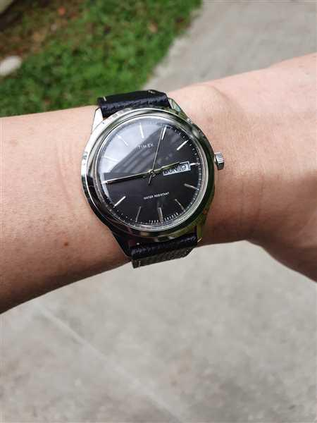 Zaini Ong verified customer review of Vintage Italian Leather Mandarin Orange Watch Strap with Quick Release