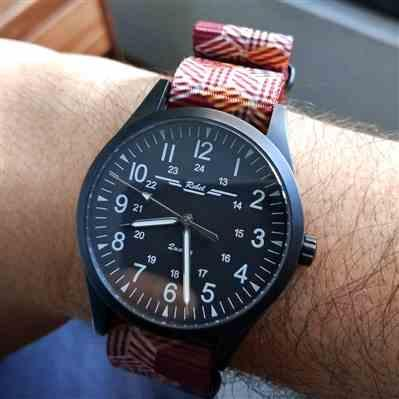Ricardo verified customer review of Escher Crates Graphic Nato Watch Strap