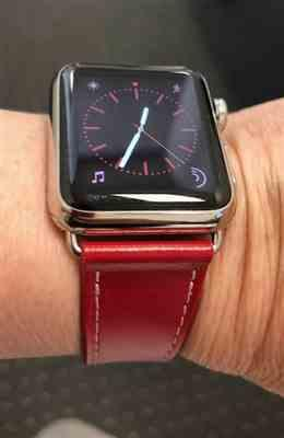 iiCase Italian Genuine Leather Apple Watch Band Review