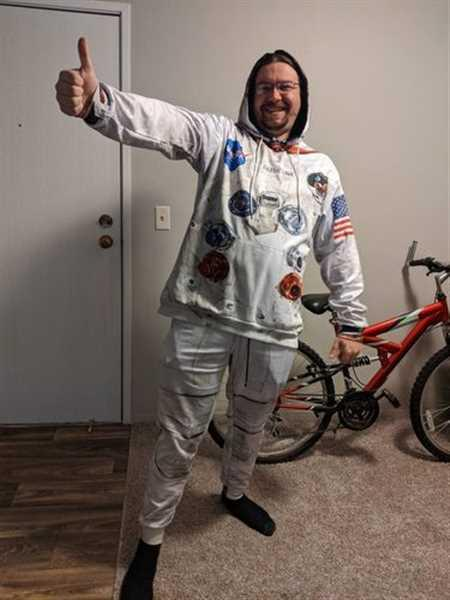 Tony H. verified customer review of Armstrong Astronaut Full-print Sweatpants
