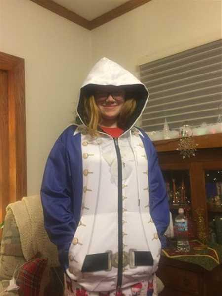 Wendy E. verified customer review of Hoodie Custom Alexander Hamilton Apparel