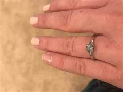 Anonymous verified customer review of Blue to Green Eldorado Bar Montana Sapphire Fold  Solitaire Engagement Ring