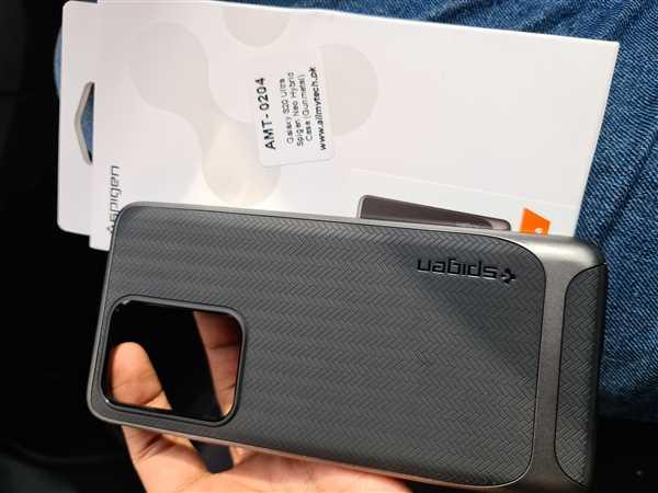 Khawaja nauman ahmed verified customer review of Galaxy S20 Ultra Neo Hybrid by Spigen ACS00718 - Gunmetal