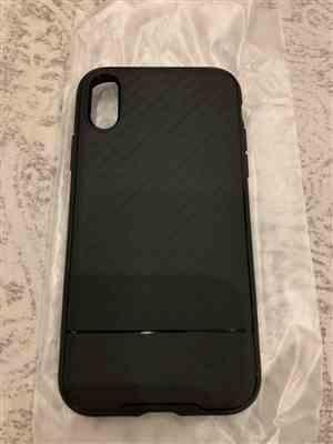 T***i verified customer review of iPhone XS Max Spigen Case Core Armor Black 065CS24861