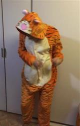 Z***a verified customer review of Jumping Tigger Onesie
