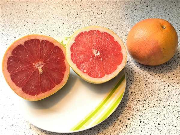 Charles J Wilder verified customer review of Ruby Red Grapefruit Tree